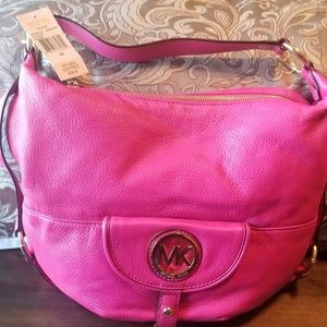 Michael Kors Bags - Brand new Michael Kors purse